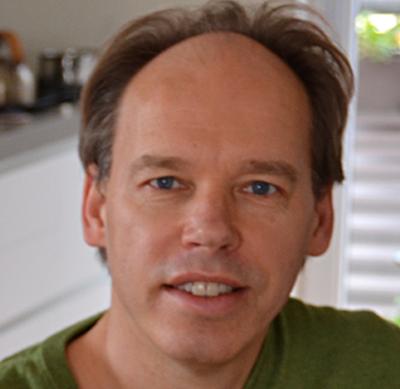 Drs. Léon van Bakel